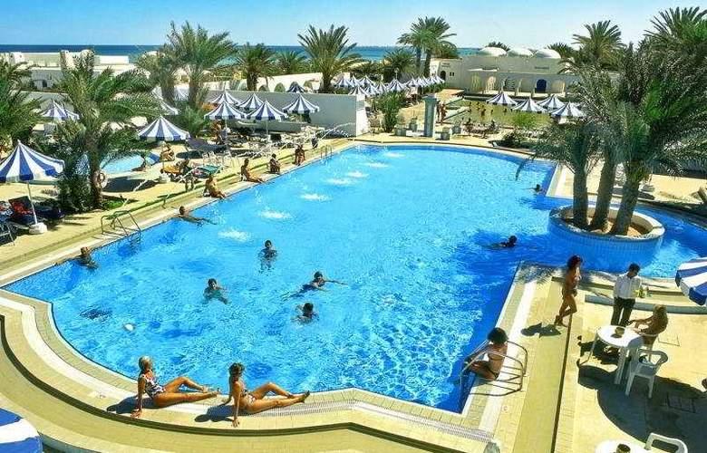 Les Sirenes Beach - Pool - 3