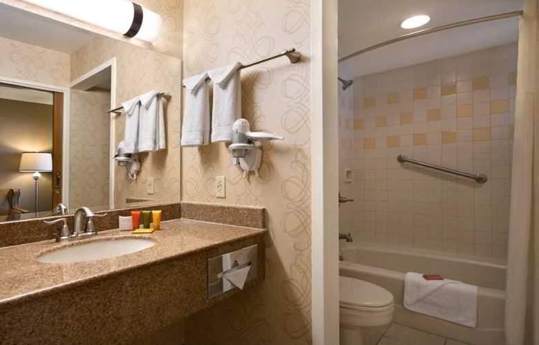Orleans Hotel & Casino - Room - 7