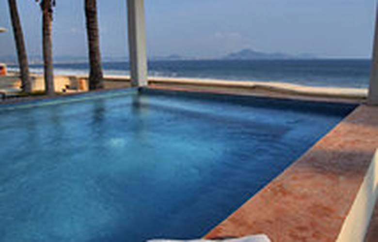 Camino Real Manzanillo - Pool - 3