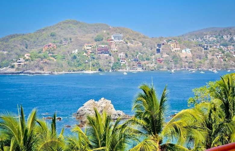 Catalina Beach Resort - Terrace - 56