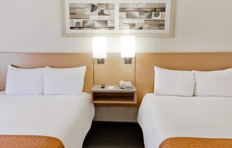 City Express Sta. Catarina Monterrey - Room - 11