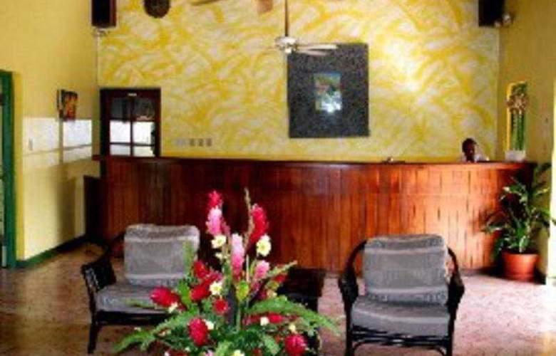 Toby's Resort - General - 1