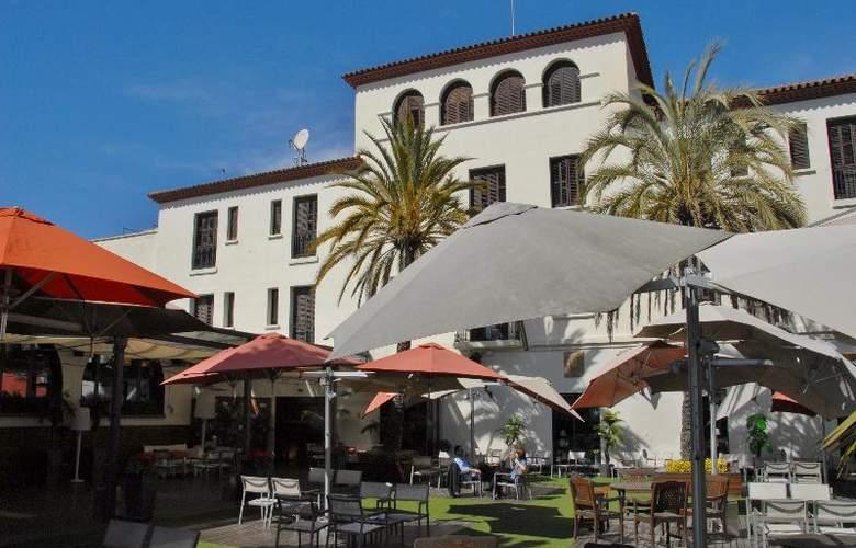 El Castell - Hotel - 2