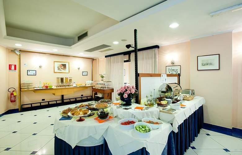 Best Western Blu Hotel Roma - Restaurant - 98