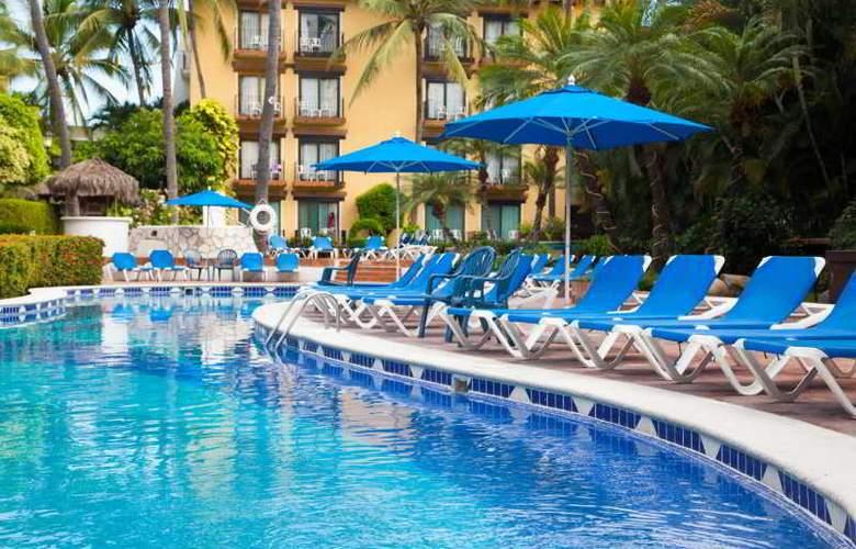 Hacienda Hotel & Spa - Pool - 20
