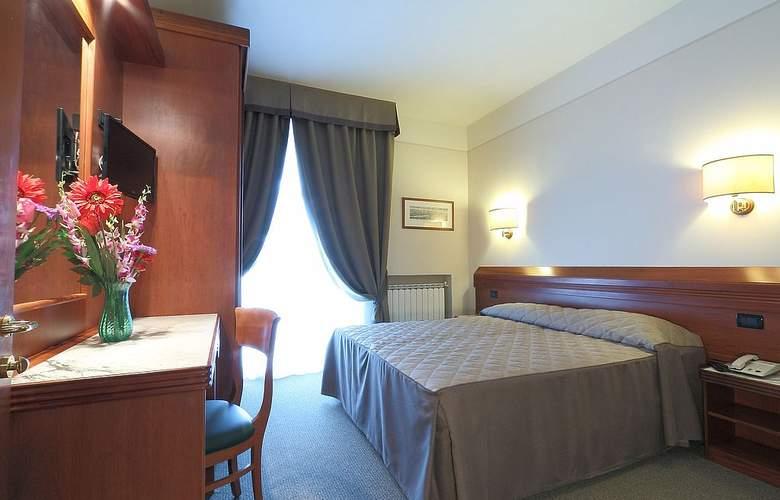 Arcadia - Room - 2