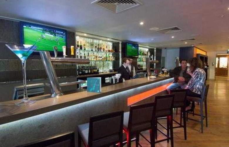 Hilton London Metropole - Bar - 4