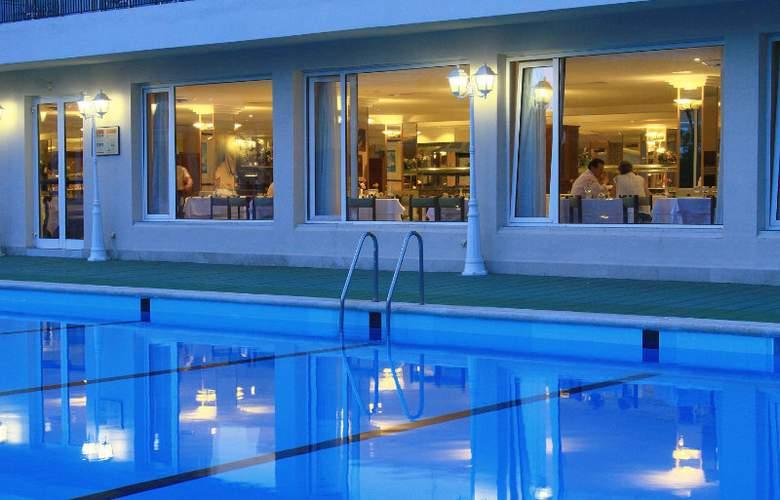 BG Hotel Java - Pool - 10