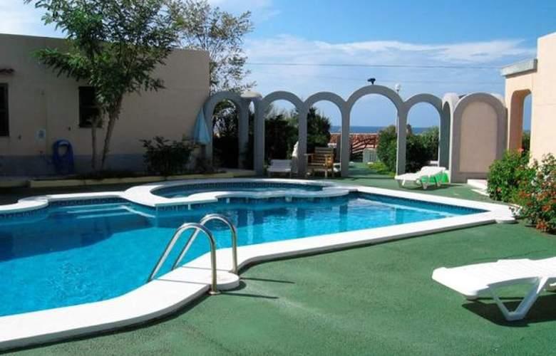 Frentemar - Pool - 2