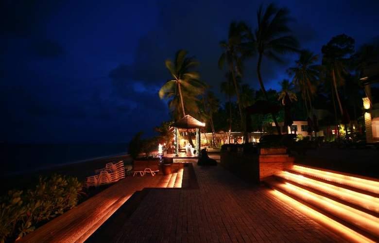 Weekender Resort - Restaurant - 30