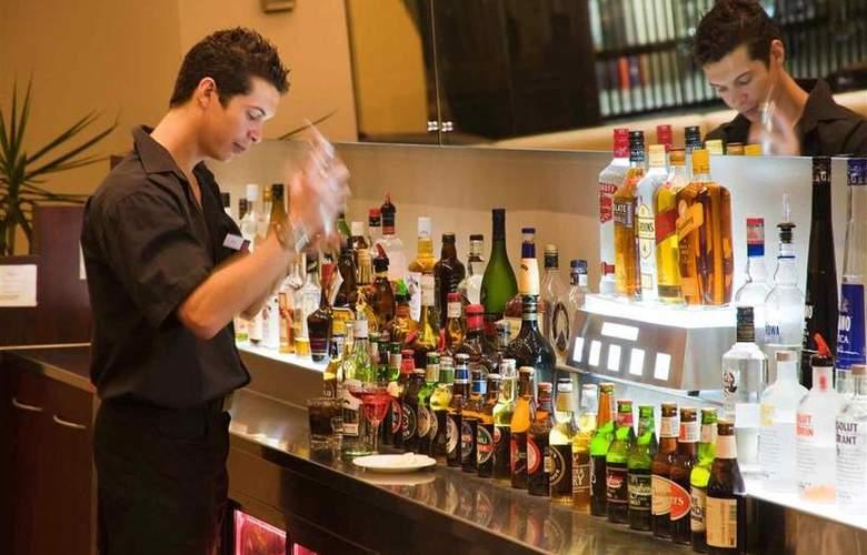 Mercure Hotel Perth - Bar - 76