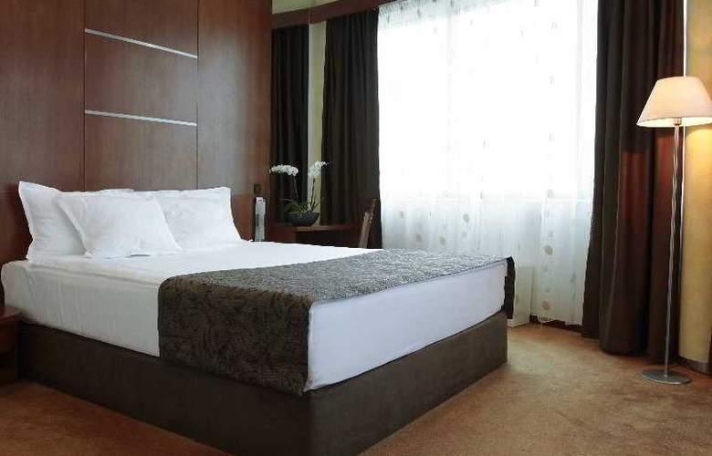 Radon Plaza - Room - 3