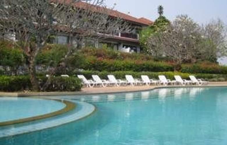 Waterford Valley Chiang Rai - Pool - 2
