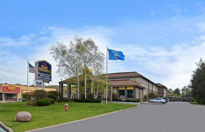Best Western Ambassador Inn & Suites - Hotel - 9