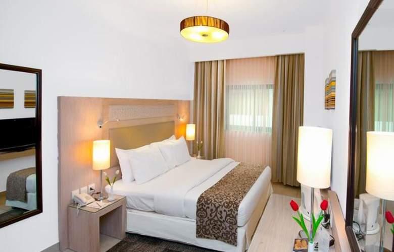Toledo - Room - 11