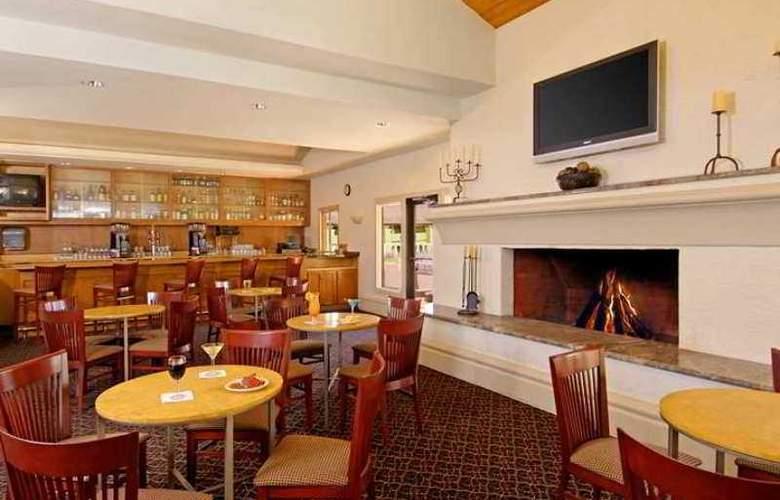 Embassy Suites Phoenix North - Hotel - 12