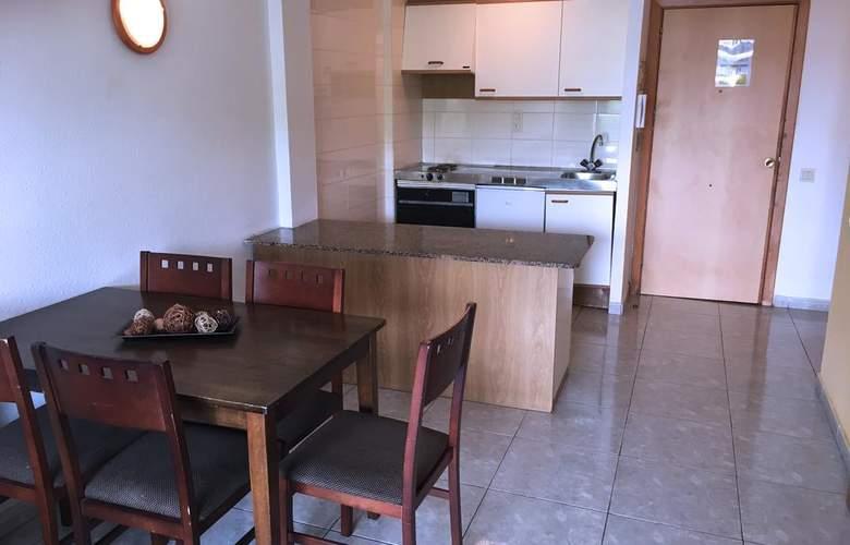 Apartamentos Catalonia Gardens - Room - 12