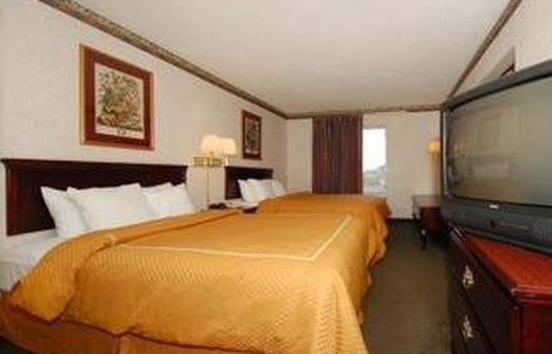 Comfort Suites Airport - Room - 2