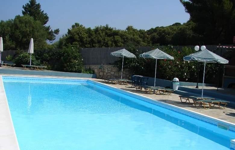 Panorama Fanari Studios & Apartments - Pool - 0