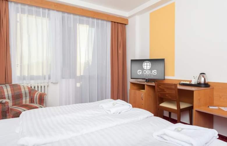 Globus - Room - 2