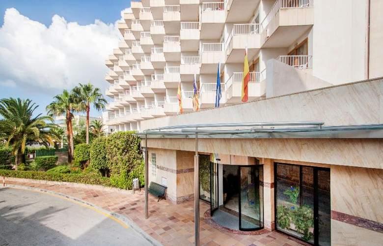 Ola Aparthotel Tomir - Hotel - 11