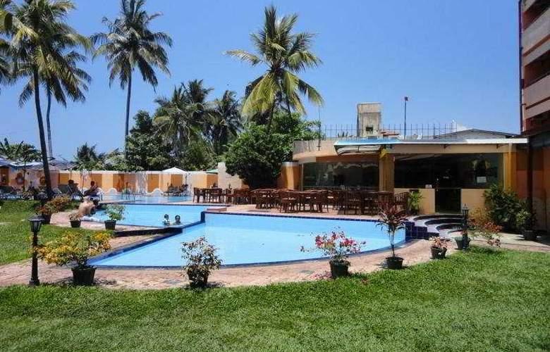 Paradise Beach - Pool - 5