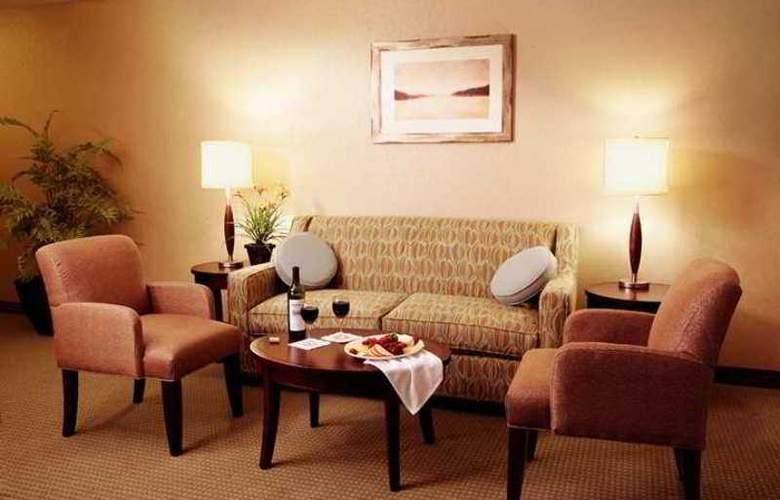 Hilton Garden Inn Seattle/Issaquah - Hotel - 5