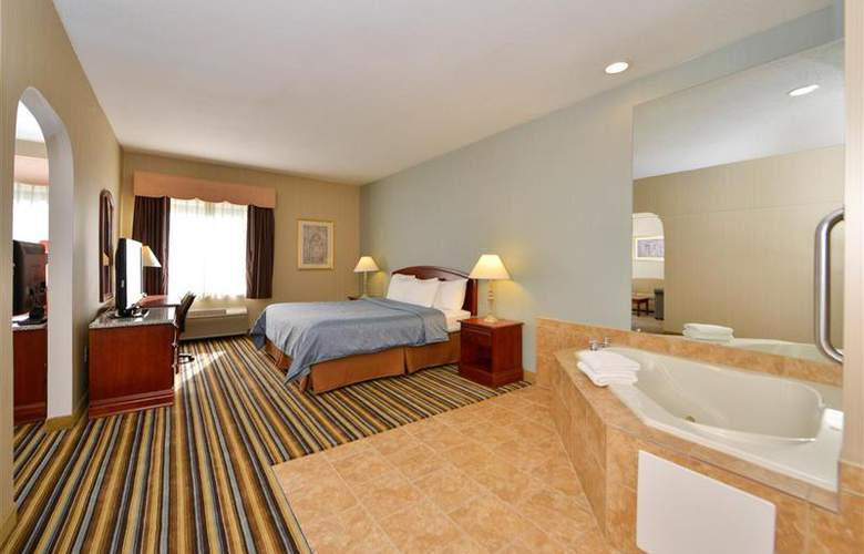 Best Western Plus New England Inn & Suites - Room - 35