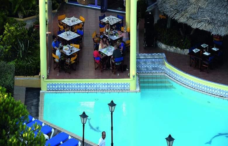 Dionysos - Restaurant - 34