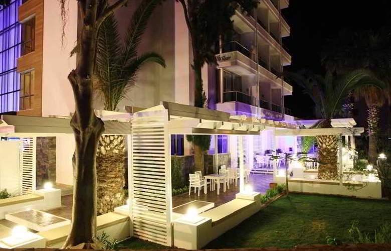 Munamar Beach & Residence - Terrace - 32