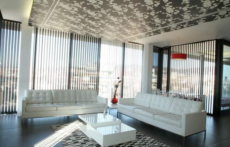 Apartamentos Just Style - Room - 6