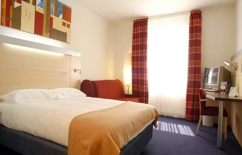 Holiday Inn Express Lisbon-Oeiras - Room - 5