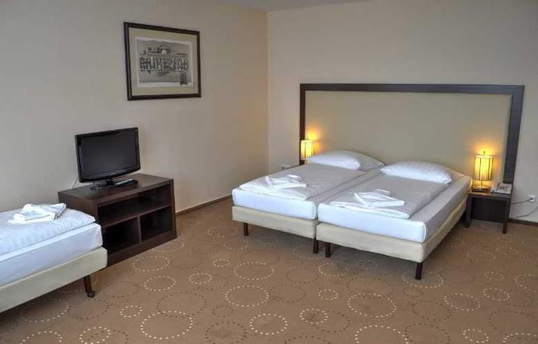 Olivaer - Room - 7