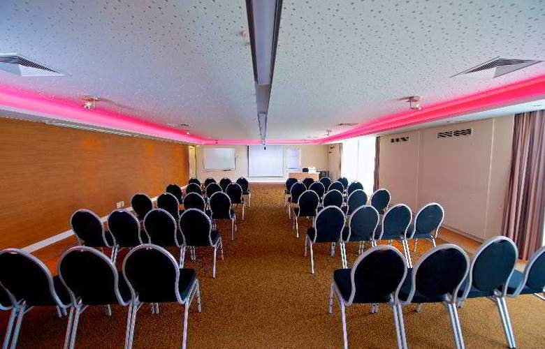 Van der Valk Antwerpen - Conference - 13