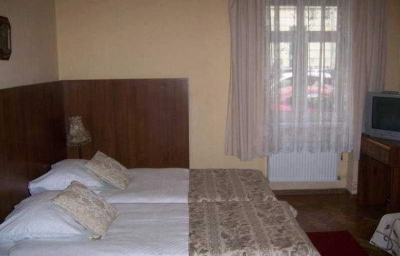 Aparhotel Astor - Room - 3