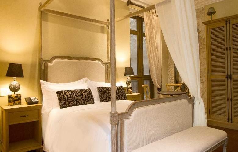 Bastion Luxury - Room - 5