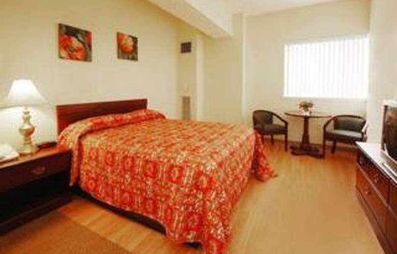 Suburban Extended Stay Logan Airport - Room - 2