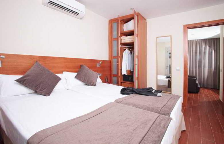 Madanis Apartments - Room - 2