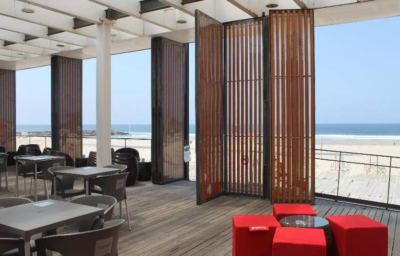 Tryp Lisboa Caparica Mar - Beach - 16