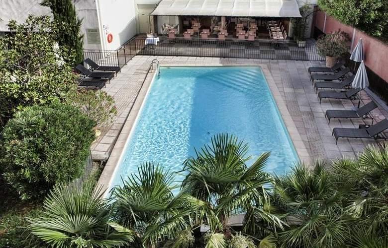 Best Western Le Galice Centre-Ville - Pool - 100