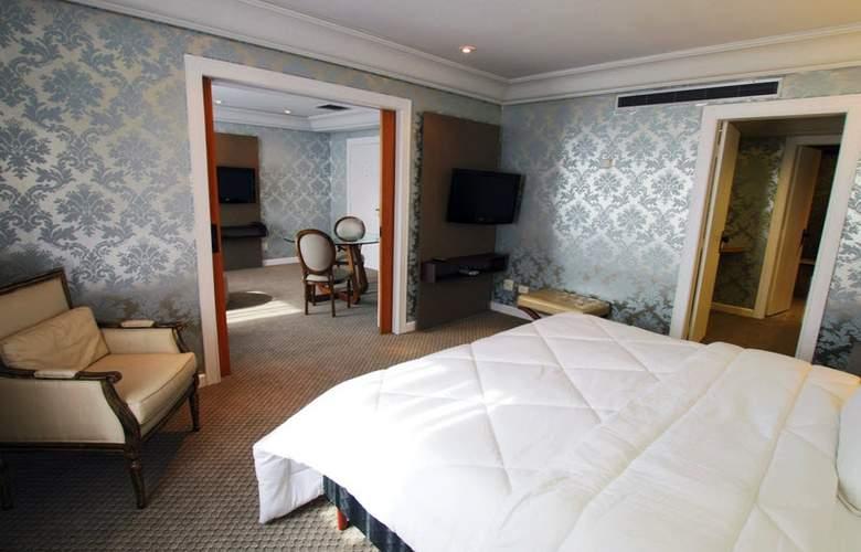 Ramada Plaza Curitiba Rayon - Room - 10