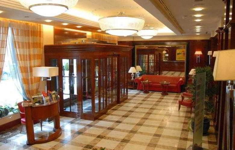 Best Western Premier Astoria - Hotel - 0