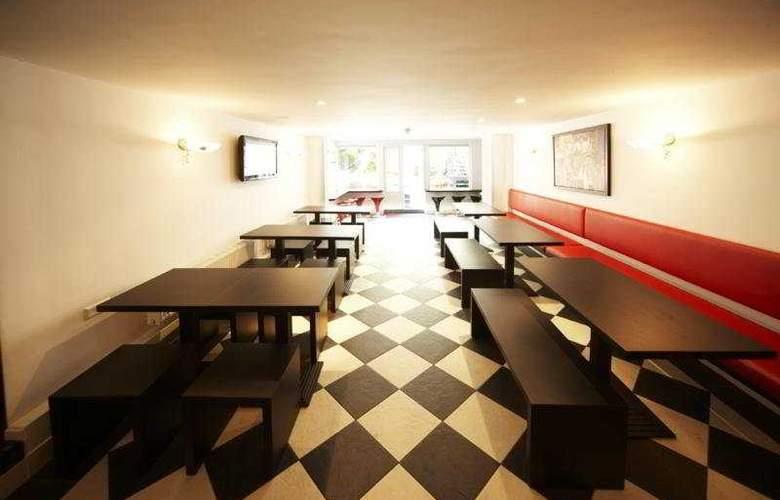 Blyss - Restaurant - 12