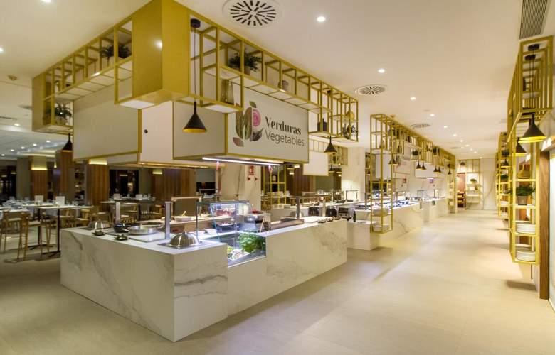 Gran Hotel Sol y Mar - Restaurant - 4