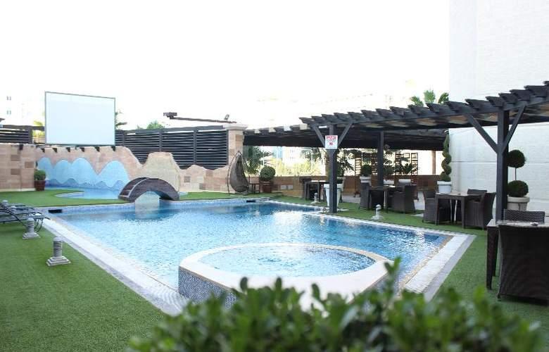 Bristol Amman - Pool - 7