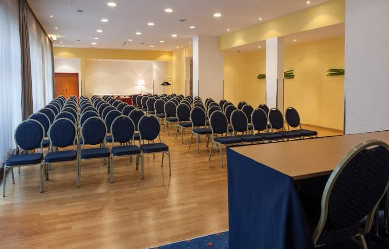 Austria Trend Hotel Favorita - Conference - 6