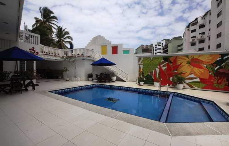 Zoila Agudelo Aptos - Pool - 29