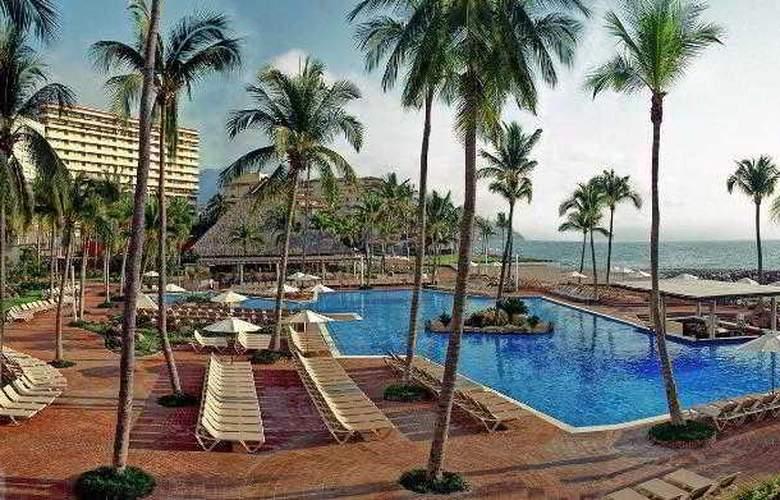 Sheraton Buganvilias Resort & Convention Center - Pool - 26