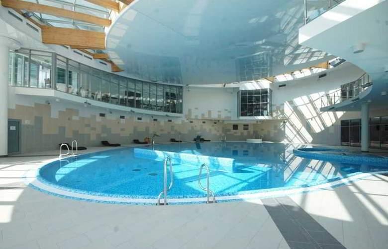Copernicus Torun - Pool - 3