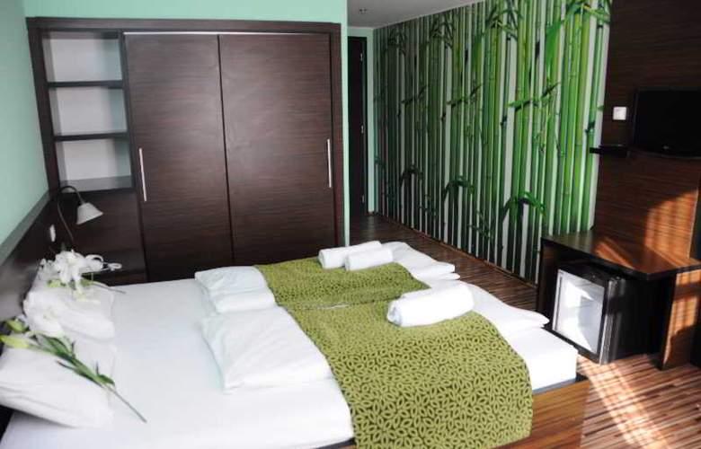 Green Hotel Budapest - Room - 8